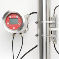 flowmeter ultrasonic clamp-on flow meter mengdemåler flowmåler vann transmitter model KATflow 170 fra Katronic Fremhevet bilde